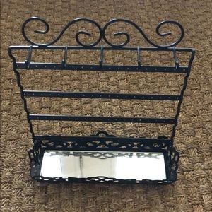 Black Metal Jewelry Organizer
